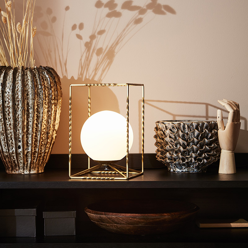 Gold lamp with opal diffuser