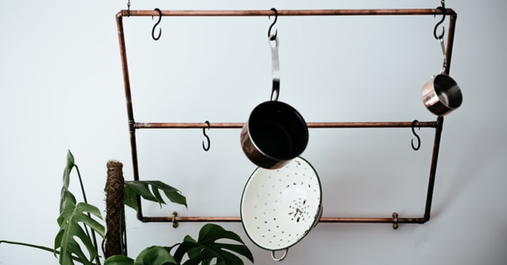 hanging frying pans kitchen storage