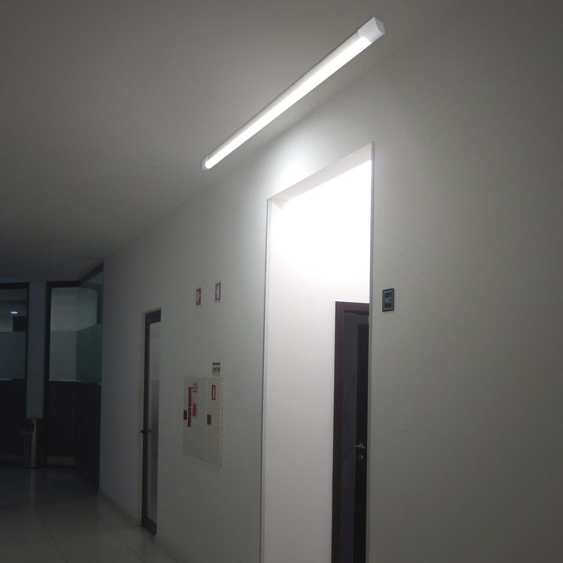 Eterna 20W Cool White LED Batten -1200mm