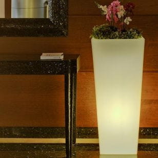 Melody 90 LED Outdoor Feature Flower Pot Light